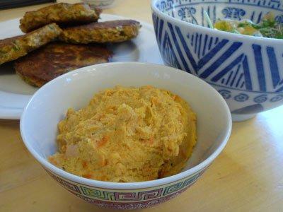 Hummus med rostade morötter