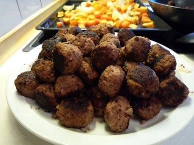 Köttbullar med kikärtor